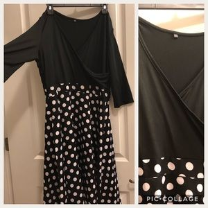 ❤️Vintage-Inspired Polka Dot Dress - Plus Size 🌹
